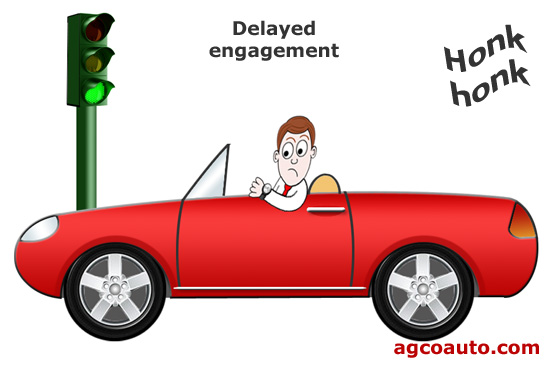 A pause before moving is a delayed engagement